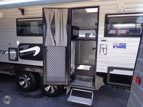 2014 traveller prodigy 23 available at hinterland caravans qld hinterland caravans qld. Black Bedroom Furniture Sets. Home Design Ideas