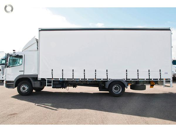2014 mercedes benz atego 1629 available at daimler trucks for Mercedes benz roof box 450 dimensions