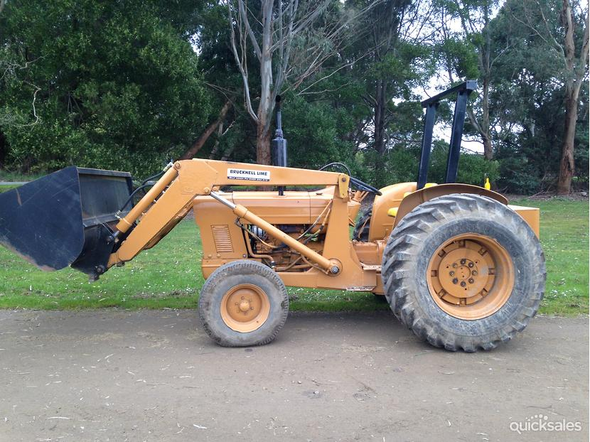 Ford 4500 Industrial Tractor Backhoe : Ford industrial quicksales item